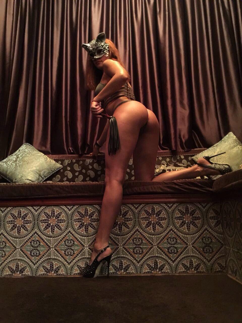 porno-chastnie-obyavleniya-eroticheskiy-massazh-v-spb-roliki-retro-tabu