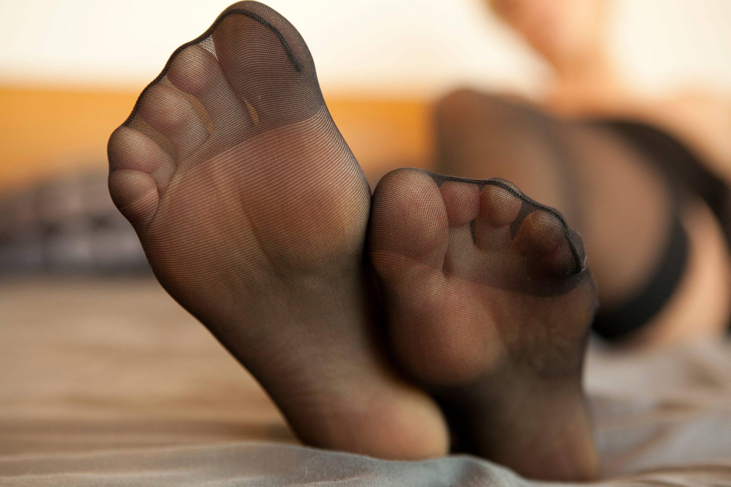 Эротический массаж ступнями «Фут-фетиш»